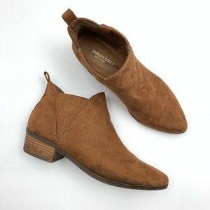 American Eagle Outfitters Camel Brown Ankle Boots